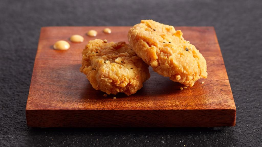 「培養鶏肉」の販売、シンガポールが承認 世界初