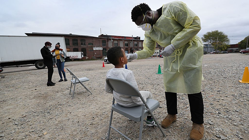 アメリカ、1日に9万人超える最多の新規感染者 新型コロナウイルス